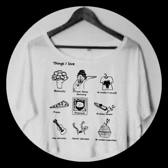 Coming soon in www.chiaralascura.it #chiaralascura #graphicdesign #graphictshirt #fairwear #ecofashion #ecoyfriendly #modaetica #radiohead #danieljohnston #broccoli #polaroid #cupcakes #kazoo #ukulele #graphictshirt #serigrafia #fairwear #fairtrade #scree Ecoyfriendly Danieljohnston Polaroid Kazoo Fairtrade Cupcakes Ukulele Radiohead Broccoli Graphicdesign Serigrafia Screenprinting Chiaralascura Fairwear Graphictshirt Ecofashion Modaetica