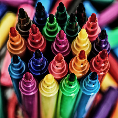 Rainbow shades of pens Art Bright Colours Choice Close-up Collection Colorful Colourful Pens Effect Felt Tip Pens Large Group Of Objects Markers  Multi Colored Multicoloured Pens Primary Colors Primary Colours Rainbow Colors Shades Of Color Sharpies  Spectrum Variety Colors