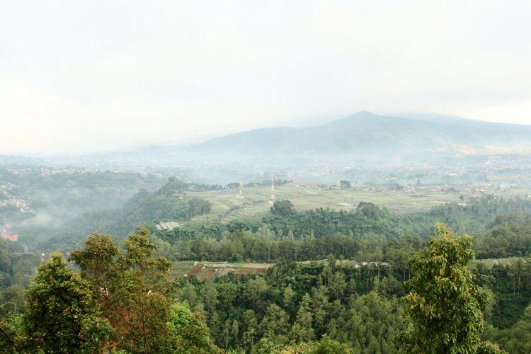 Keraton Cliff Breathtaking View Bandung Cliff Mountain Green INDONESIA