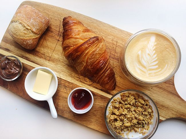 Nham nham ☕️😋 Coffee Cup Coffee - Drink Food And Drink Drink Freshness Food Croissant Table Refreshment Cappuccino High Angle View Frothy Drink Breakfast Indoors  No People Ready-to-eat French Food Milk Froth Art Healthy Eating