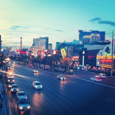 Down The Strip Lights Sunset Vegasbaby Thestrip Lasvegas Timewireless