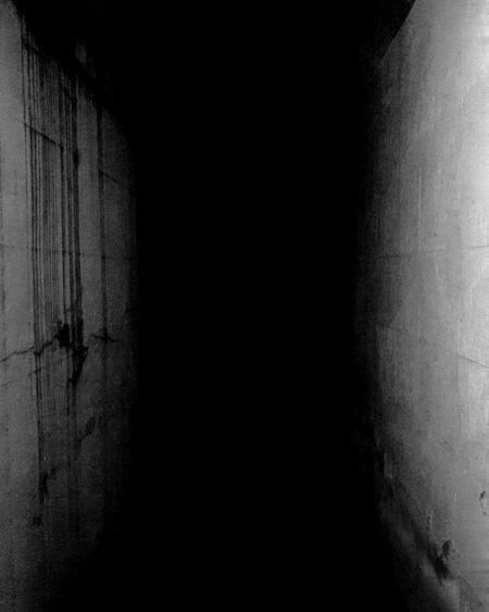 Dark No People Indoors  Night Nightphotography Black And White Blanco Y Negro