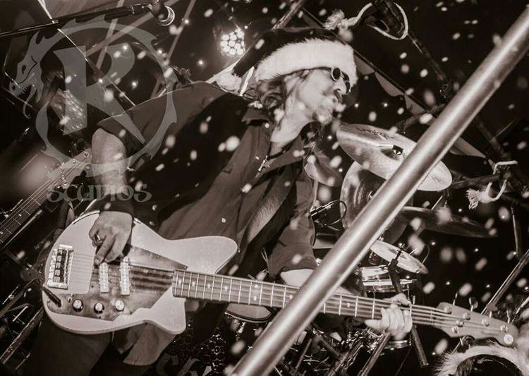 Christmas time! Letitsnow Macksdaddy Rossking