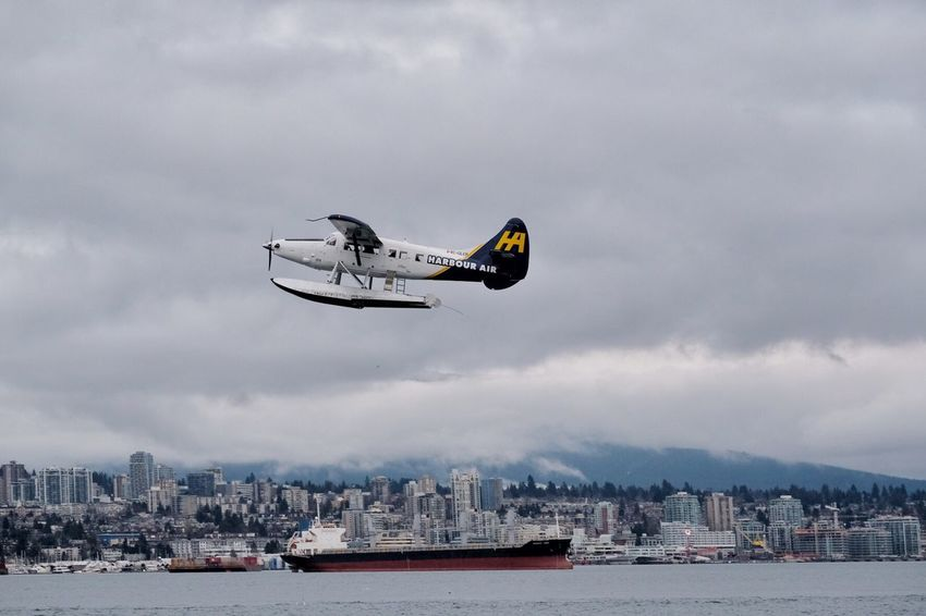 Transportation by Seaplane inVancouver Cloud - Sky Sky Flying