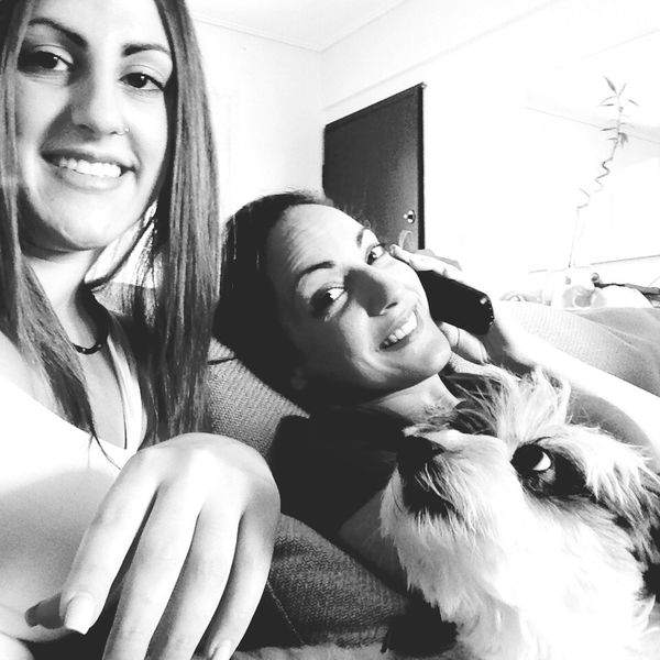 Showing Imperfection Taking Photos Family Dog Pet Selfie ✌ Couch Phone Smile Fail Summer Blackandwhite Sisters Funny Faces Funny Moments Off Guard