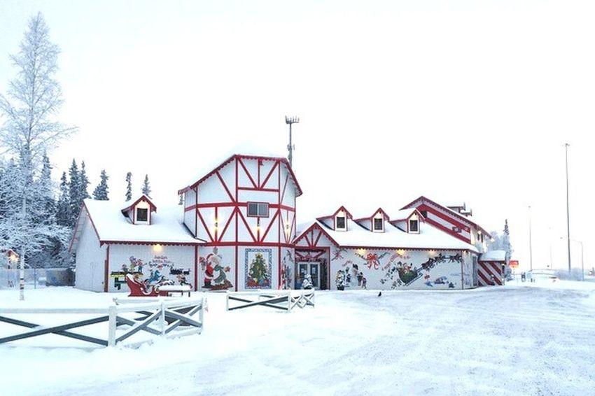 Santa ClAus's House Fairbanks Alaska House Enjoying The View Aynaphotography Winter Snow Amazing Top Of The Mountains