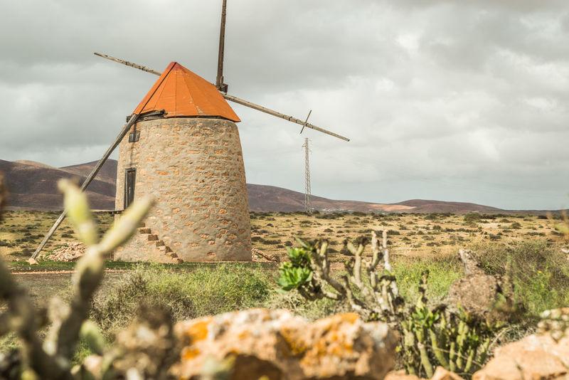 Old Molina Canarias Canary Islands Fuerteventura Fuerteventura Landscape Historical Building Molina Molinos Old Mill  Windmill Windmills Windmühle Cloud - Sky Clouds And Sky Fuerteventuraexperience Historic History Molino Old Building  Old Buildings Rual Rual Landscape Wind Windmills Photography Windy Windy Day