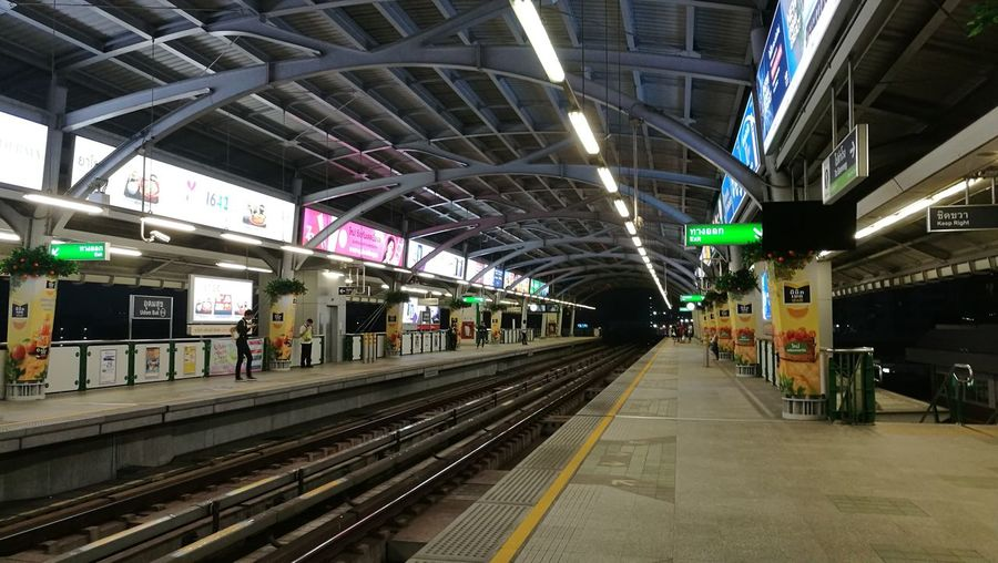 no filter with BTS @thailand Platform HuaweiP9 Thailand BTS Skytrain Transportation City Train - Vehicle Subway Train Public Transportation