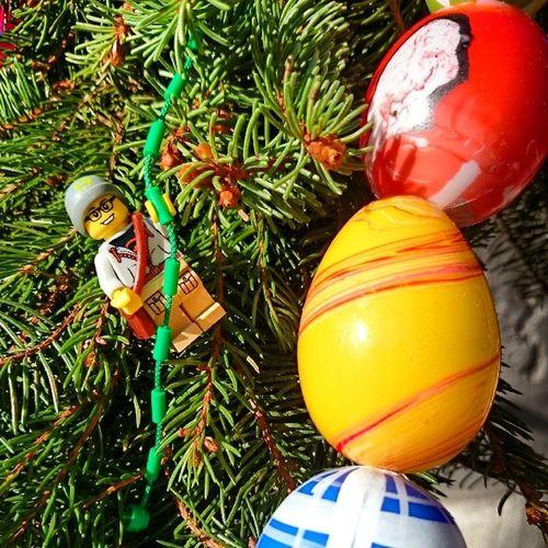 """""""LegoMann"""" auf der Suche nach dem goldenen Ei Namenssuche Wie soll der Legomann heissen?"""