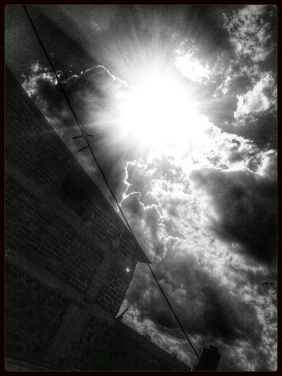mini apocalipsis I Apocalipsis Sky_collection Streetphotography Streetphoto_bw