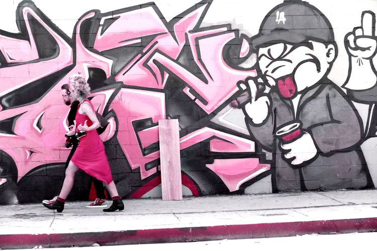 She said its an L.A. thing.. Losangeles Graffiti Graffiti Art Art Pink Dress Hollywood