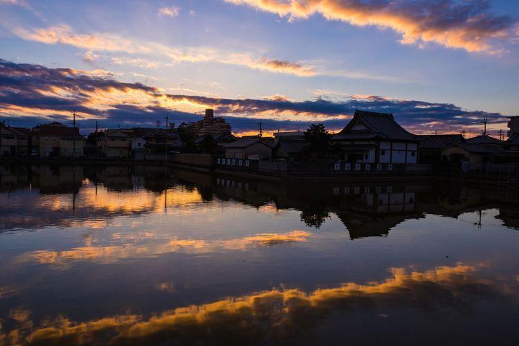 夜明け前 松原市 Before dawn OSAKA Japan Sunrise Matsubara-city Early Morning Before Dawn Cityscape Water Blue Reflection Sky Architecture Cloud - Sky