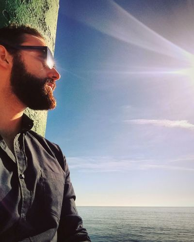Pensamientos Aguadulce Almería Southernspain Sea Mediterranean  Beard Beardedmen BadassBeard Hawkers Man Adults Only Men Sky Water Beach Horizon Over Water Young Adult Blue One Young Man Only