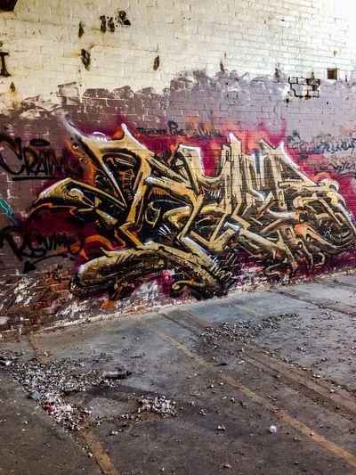 Abandoned Graffitti Baile