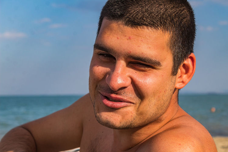 Man laughing on the beach Shadow Portrait Young Man Face Expression Burgas  Emotion Black Hair Warm Tones Real People Male Adult Blue Sarafovo Sun Man One Person Bulgaria Outside Expressions Sunny Adult Man Facial Expression Short Hair Beach Fresh Human Faces Young Adult Headshot Sea Water Leisure Activity Lifestyles Close-up Front View Nature Young Men Sky Men Day Horizon Over Water Outdoors Human Face