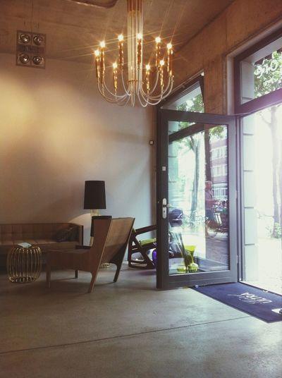 Tür auf! Hotel ULTRA Interior Design Concept Store