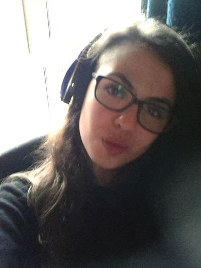 Hi! That's Me Relaxing Listening To Music Today's Hot Look Keinelustmehr Kein Bock