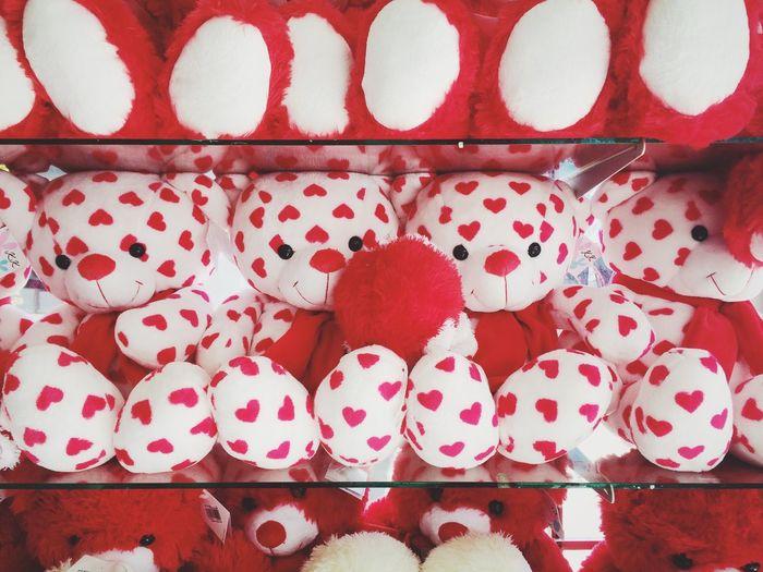 Bear Creativity Full Frame Human Eye Reception Red Red Color Saint Valentine Tourism