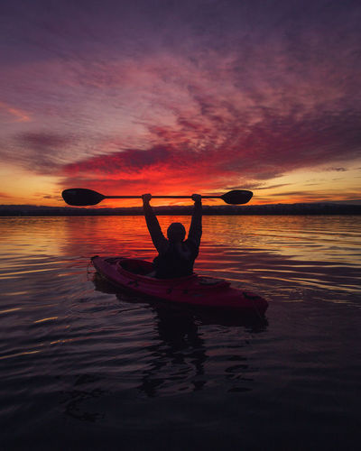 Unbeatable sunset on the lake Calm Hotshots PNW PNWonderland Reflection Relaxing Scenic Sunset_collection Tranquility Travel Beauty In Nature Color Expore Eyem Best Shots Kayak Mountain Nature Outdoors Outdoors Photograpghy  Scenery Scenics Sky Sunset Water Waterfront