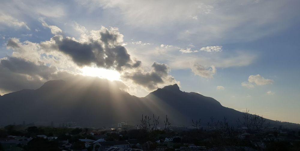 Sunset Mountain City Mountain Peak Sky Landscape Cloud - Sky Sunbeam Shining