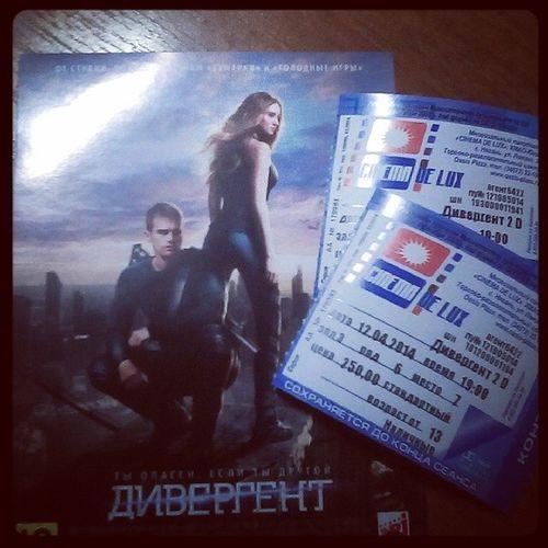 Finally!! I can't believe!! Divergentmovie Divergentbook Divergentbook3 Divergent