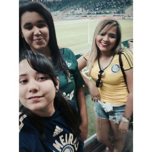 As duas que me aguentaram o jogo todo, amores 😍😎💚 OBondeAquiÉLarissa Palmeiras