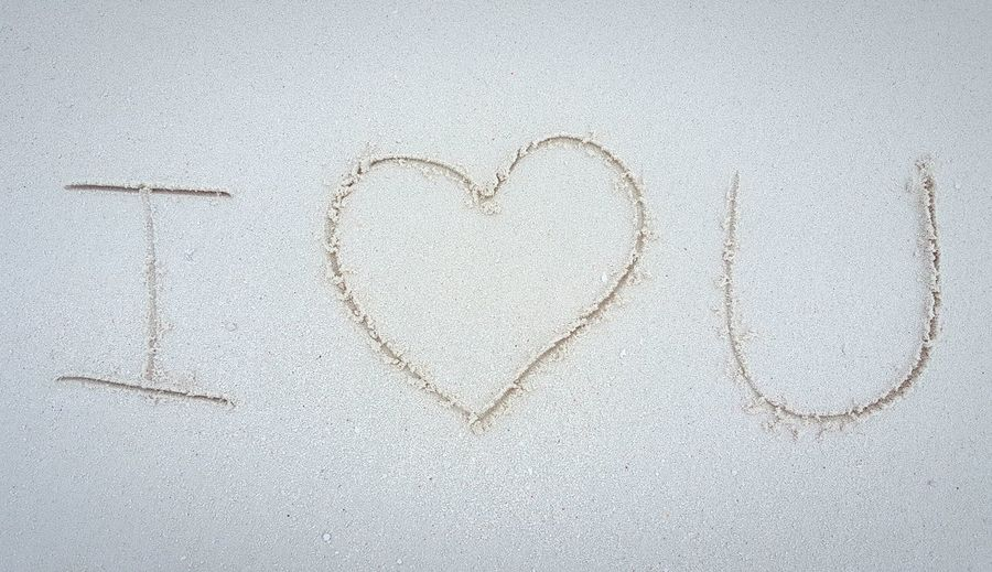 """""""i Love You"""" Written In Sand"""