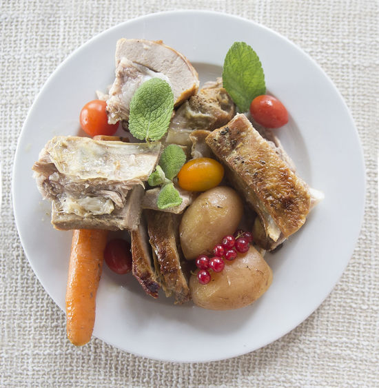 Slow cooked vegetables and pork Close-up Crock Pot Food Freshness Indulgence Meal No People Plate Ready-to-eat Served Serving Size Slow Cooking Temptation First Eyeem Photo