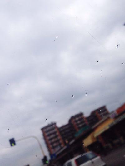 Ilcielociunisce Piove Pensotroppo