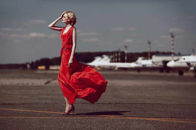 Airport Ladyinred Reddress Streetphotography Russian Girl Model Longdress