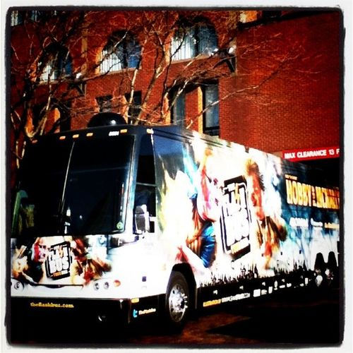 Another look at TheFlashBus in #Boston. #TheFlashBus #TFB Boston Theflashbus Tfb