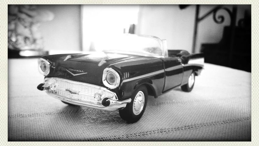 Feeling Thankful Miniatura Chevrolet Bell Air 1957 Taking Photos