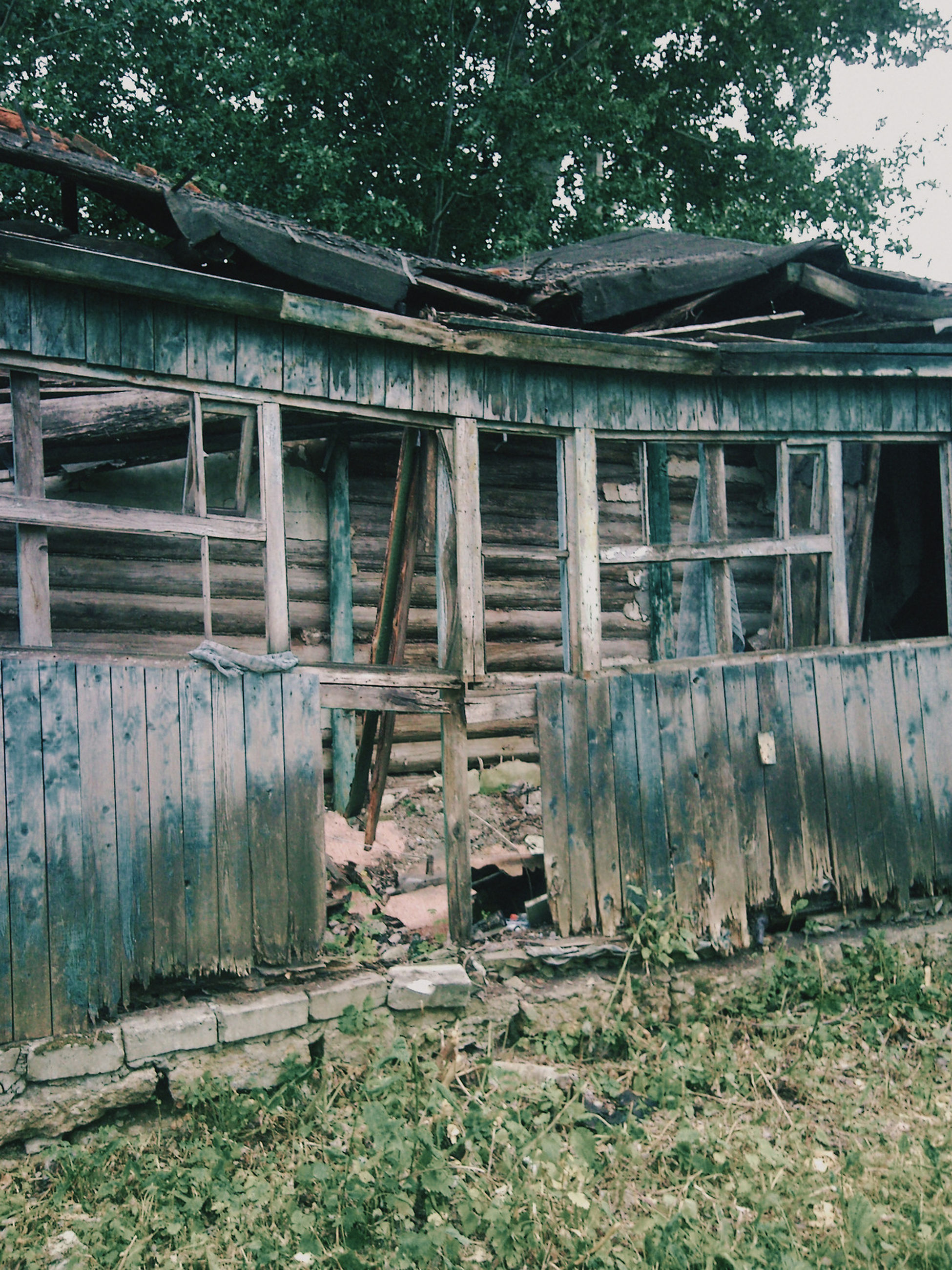 abandoned, architecture, built structure, day, wood - material, damaged, building exterior, outdoors, no people, tree, grass, sky