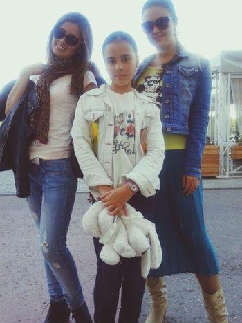 Sisters)