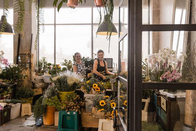 Florist Greenhouse Young Women Working Occupation Women Flower Business Small Business