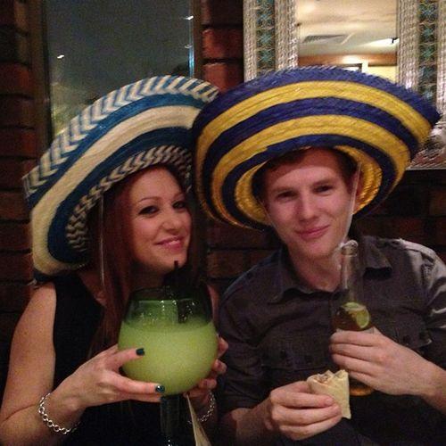Bday drinks at taco bills ?Bday Tacobills Fishbowls Awesomenight picoftheday photooftheday