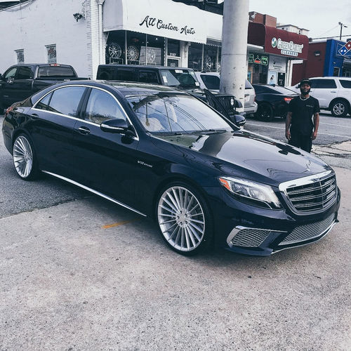 Shaquille O'Neal Mercedes Benz S65 AMG Basketball NBA Shaquill_o'neal Shaq S65amg Mercedes-Benz Land Vehicle Car Street Architecture Built Structure Vehicle