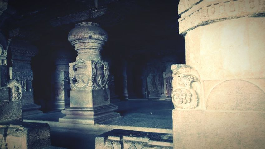 EyeEm Selects Ancient Civilization King - Royal Person Sculpture Statue Architectural Column Ancient Shadow History Religion Spirituality