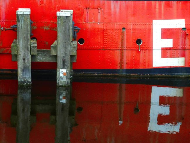 H E ! H E ! ... Bremerhaven, Sailcity Hafen Old Ship Red Reflections In Water Letters Reflection Textures And Surfaces Texture Passion Texture Typography Typo Around The World Typocapture Typography & Design Reflections In The Water Reflection Perfection  Check This Out Check This Out! Graphic Graphic Style Letters Art Letters In The City Letters