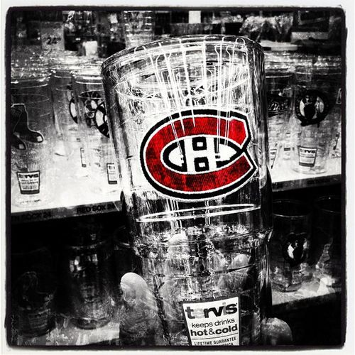 Montreal Canadiens. #hockey #habs Instagood Instagramhub Abstract Webstagram Hockey Ignation Sports Habs Montréal Canadiens Icehockey NHL Iphoneonly 514 Photooftheday Igworldclub Selective Color Insta_america Iphonesia Instagramvt Picoftheday Igharjit All_shots 819 Instamood Igersvermont Bestoftheday Captureeuphoria IGDaily