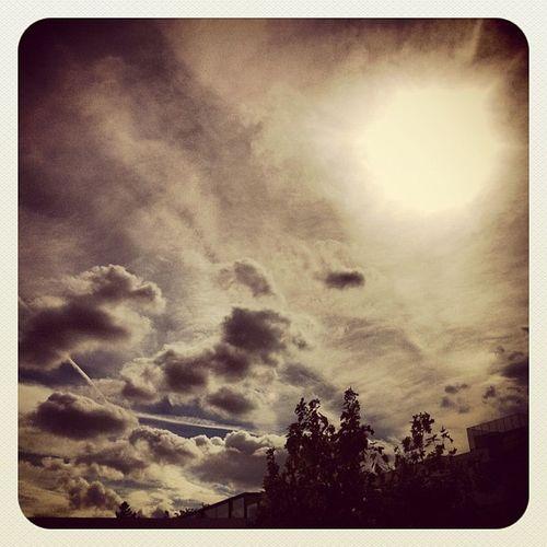 Apocalyptic sky #sky #skyporn #cielo #apocalipsis #madrid #alcobendas #sol #nubes #clouds #skyporn #igscout #_wg #instapic #instagramer #insta_crew #instamillion #tagstagramers #instago #instagroove #igersmadrid #picoftheday #insta_ñ Igscout Instagramer Clouds _wg Sky Instagroove Instapic Madrid Instamillion Tagstagramers Sol Skyporn Insta_ñ Cielo Nubes Apocalipsis Picoftheday Igersmadrid Alcobendas Instago Insta_crew