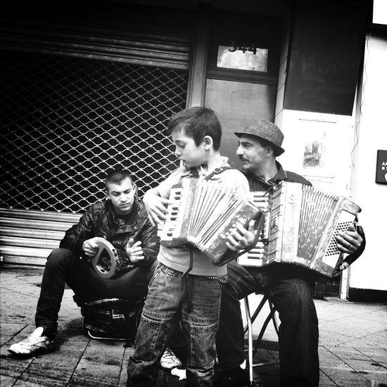 Hipstamatic WeAreJuxt.com Streetphoto_bw Eye4black&white