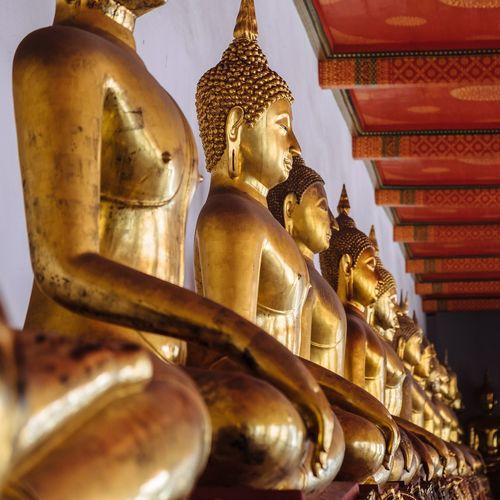 43 Golden Moments Thailand Bangkok Wat Pho Buddha Temple