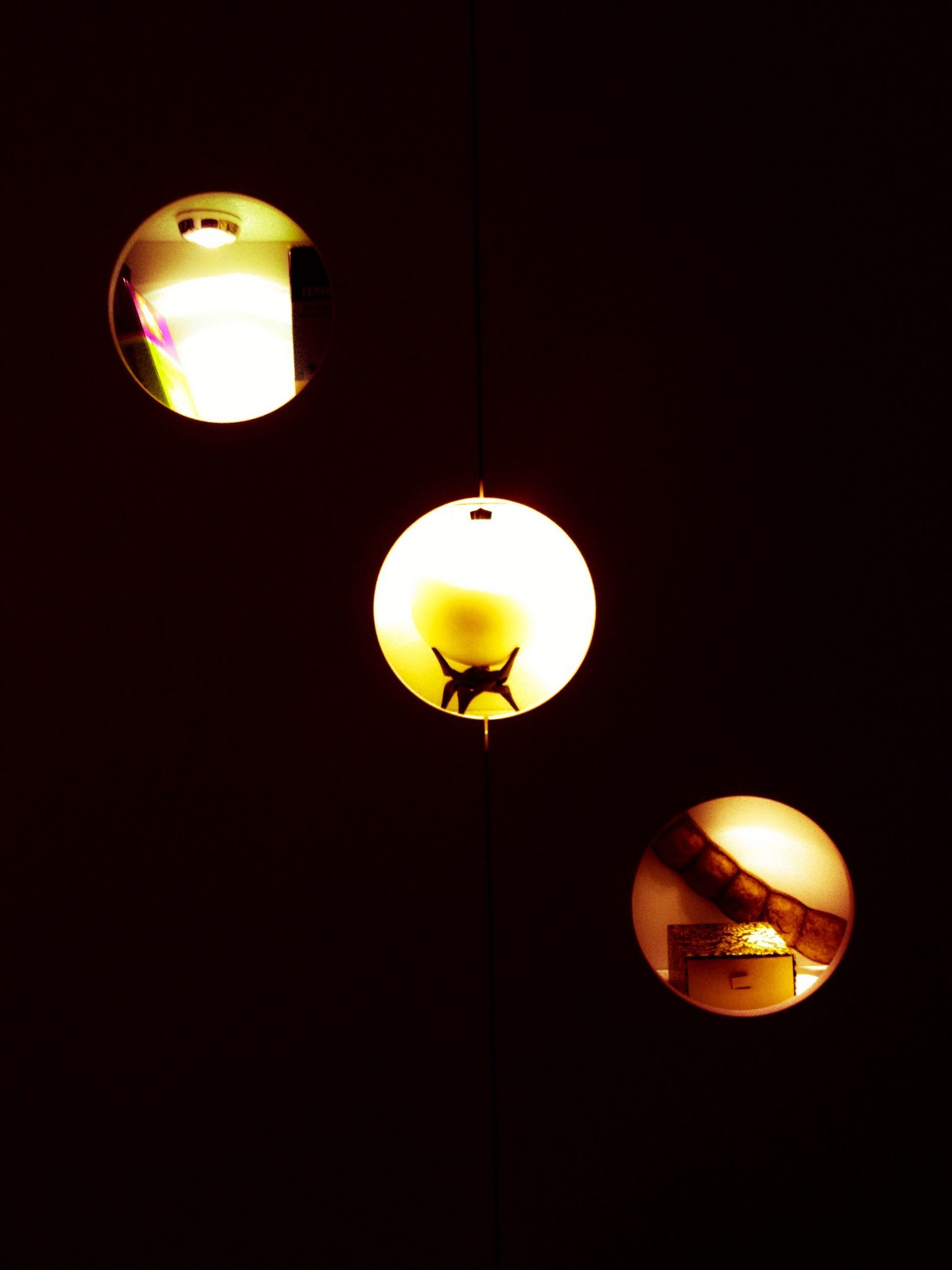 illuminated, lighting equipment, electricity, low angle view, hanging, electric lamp, electric light, light bulb, decoration, lantern, glowing, night, indoors, lamp, copy space, ceiling, light - natural phenomenon, yellow, street light, lit