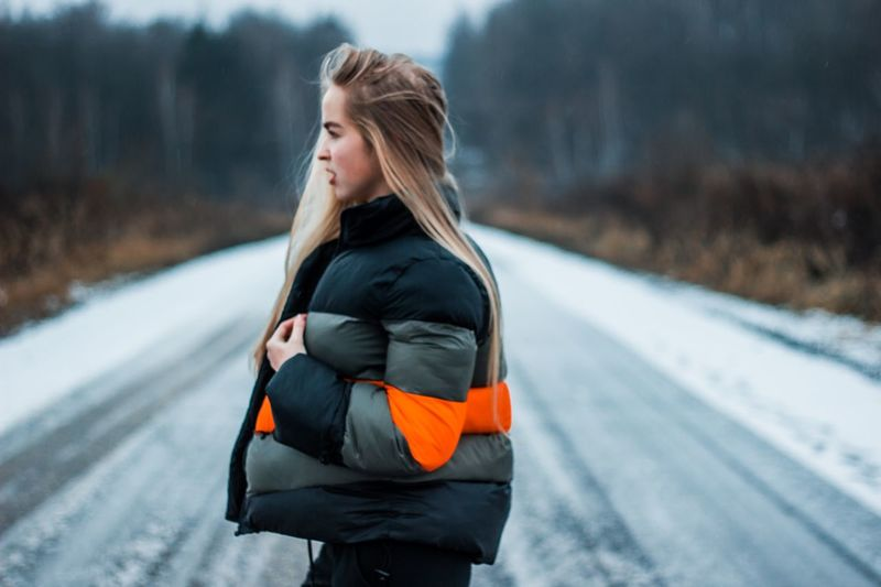 10 декабря. 🤸🏼‍♀️🛫 One Person Winter Young Adult Focus On Foreground Young Women Hair Looking Cold Temperature Casual Clothing Road Blond Hair Looking Away Leisure Activity Lifestyles Bag Outdoors Warm Clothing Clothing Transportation Women