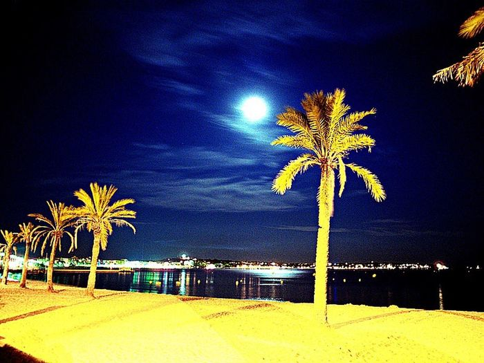 Juan les pins by night. Plage Night Beach Nuit Juan Les Pins France Antibes