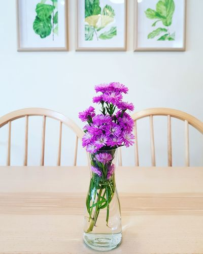 EyeEm Selects Flower Water Home Interior Domestic Room Window Multi Colored Vase Apartment Wood - Material Flower Head Blooming Window Sill Orchid Home Showcase Interior Flower Arrangement Wood Paneling Petal Model Home