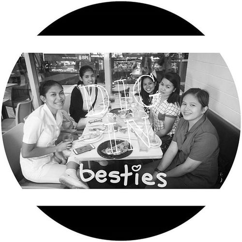"A breakfast with the Surgery Peskies Minions v2.0. ""besh"" PlainHappiness Gastronomía Surgerypeskies Besh Ooohhhsometimes Skillshare ICAN XPERIA DemandGreat BeMoved SonyGLens"