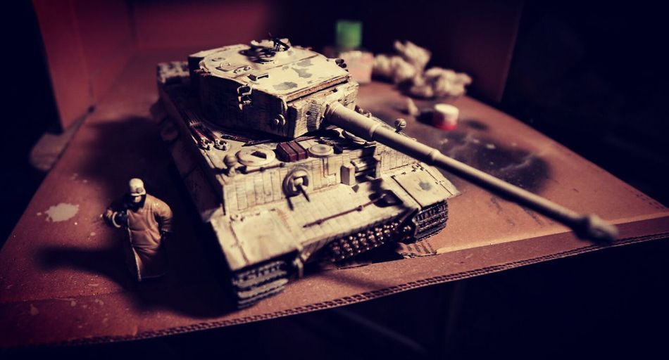 Weapon Table Indoors  No People Close-up Day Tank Tiger1 World War Two German Handmade Italeri Tank Model Winter