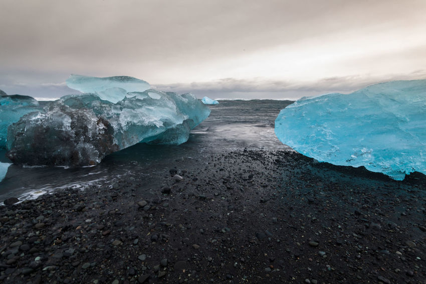 Jokulsarlon is a glacial lagoon or better known as Iceberg Lagoon which located in Vatnajokull National Park Iceland Beauty In Nature Cold Temperature Glacier Ice Ice Ice Beach Iceberg Iceberg - Ice Formation Iceberg Melting Icebergs Iceland Iceland Trip Icelandtrip Jokulsarlon Glacier Jokulsarlon Lagoon Jokulsarlon Lake Jokulsarlonlagoon Jökulsárlón Jökulsárlón Beach Jökulsárlón Glaciar Lagoon Nature Scenics Sea Water ıceland